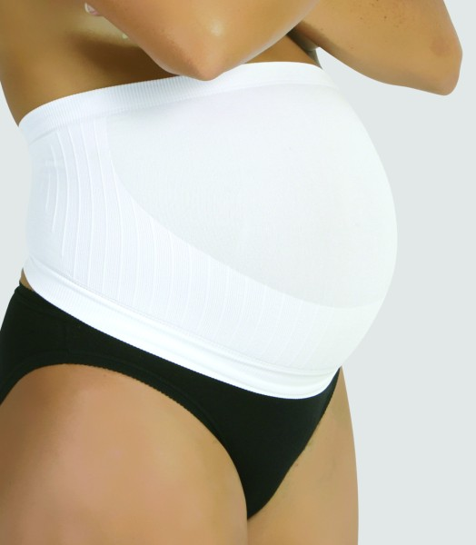 169_white-on-black-panties-800×600